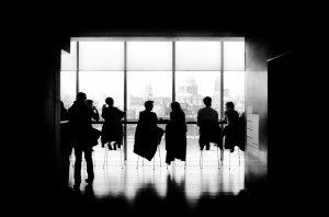 Photo salle de réunion noir et blanc