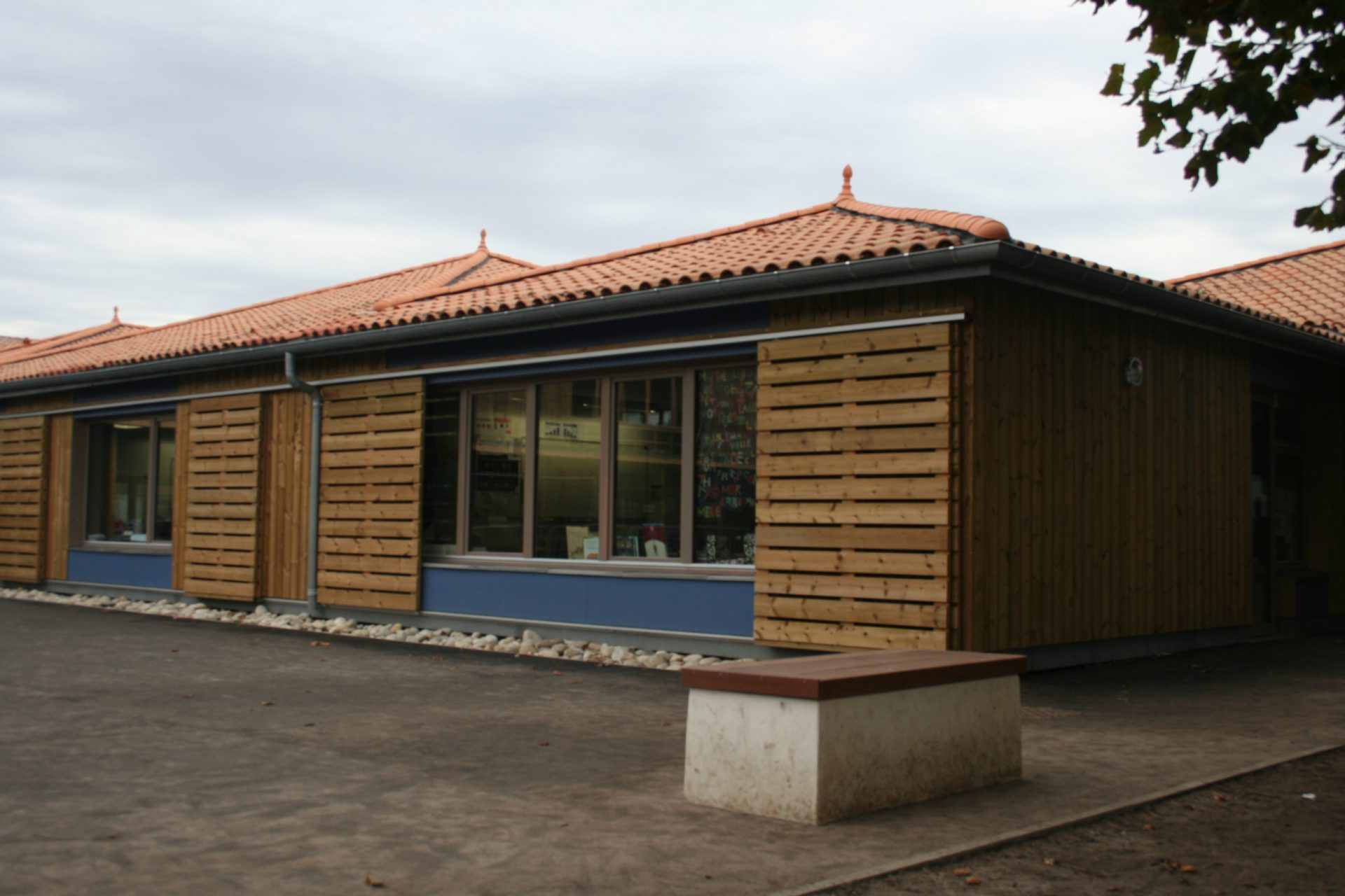 Rénovation d'une école pour chacune des quatre communes