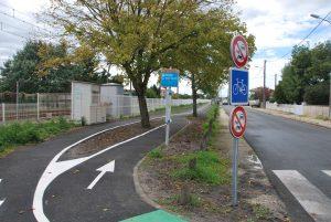 Photo signalétique piste cyclable